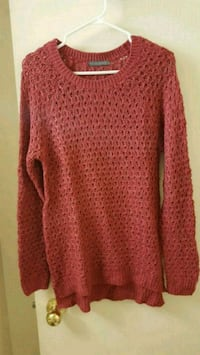 Woollen long sweater  Toronto, M9A 4M6