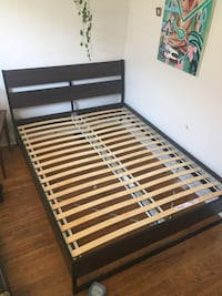 Luröy queen-sized Bed Frame Toronto, M6P 3X9