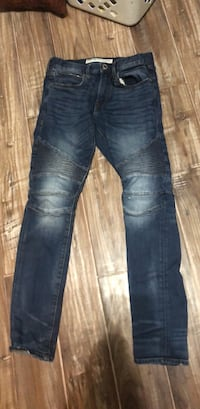 28x32 men's Express jeans, ribbed design on legs  Amarillo, 79121