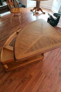Coffee table folds up and down (fire sale) Chalmette, 70043