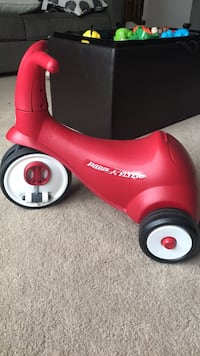 Red and white radio flyer tricycle Rockville, 20852
