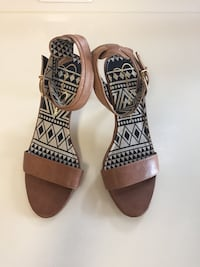Pair of brown leather open-toe sandals Jessica Simpson size 10, worn twice ever! Alexandria, 22309