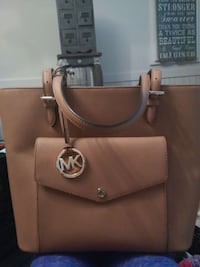 M. Kors brown leather tote great deal Delta, V4M 1S5