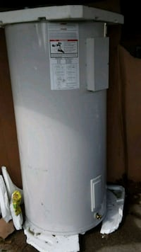 119 gallon  hot water heater  Saint Bernard, 70085