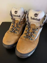Timberland Boots Size 10.5 Mens Washington, 20002