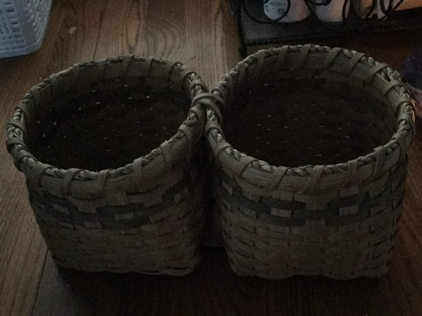 two baskets attached -great for serving nuts