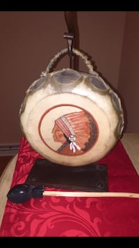 American Indian cast iron Naugahyde drum lamp with matching drum and drum stick. This is a collectors item hand made and works well   Arlington Heights, 60005