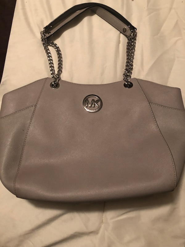 24b8fc2794 Used Michael Kors grey purse for sale in Andover - letgo