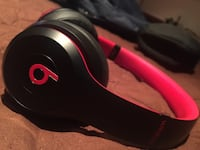 Beats Solo 3 Wireless (SHIPPING ONLY) Camden