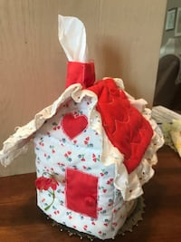 Adorable Handmade Tissue House Gainesville, 20155
