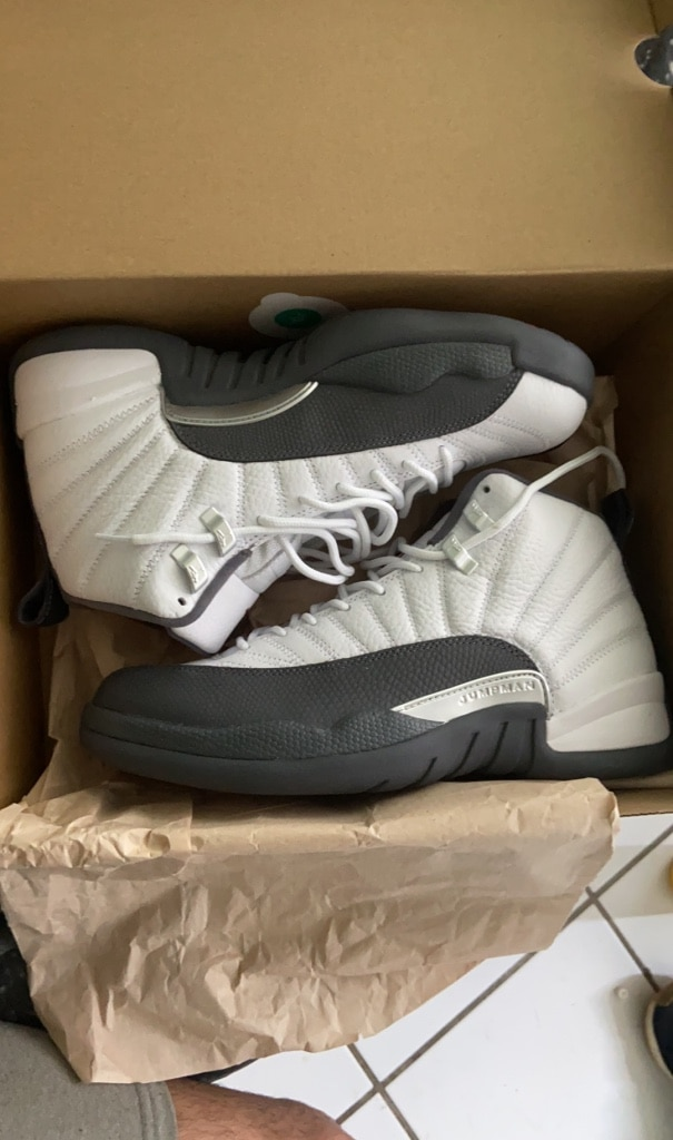 Photo Air Jordan Retro 12 Dark Grey (8.5) Deadstock
