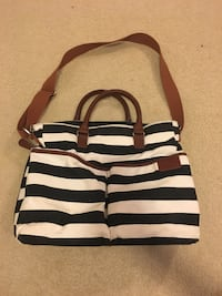 White and black striped diaper bag Laurel, 20723