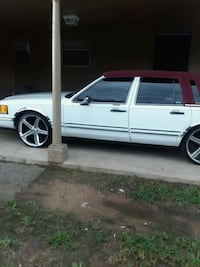Lincoln - Town Car - 1993 North Little Rock