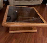 1 center table , 2 side tables and 2 lamp shades New Westminster, V3M