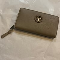 Tory Burch whipstitch logo continental wallet