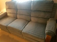 Couch with recliners on each end Akron, 46910