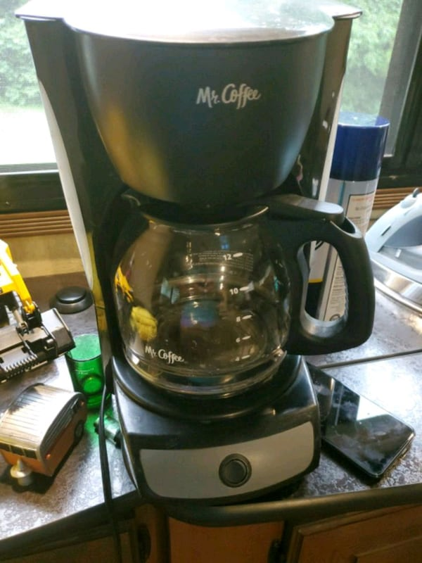 Coffee maker efaf69e5-7ee2-4890-a27d-ec1d6d672721