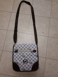 Mk cross body purse (Rep)