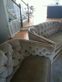brown fabric tufted sofa set  Centreville, 20121
