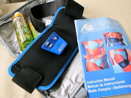 AB  TRONIC  MUSCLE  STIMULATOR  BRAND  NEW