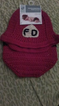red crocheted hat Xmas Suit 0-3 months