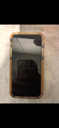 iPhone XS 64GB SPACE GREY MINT CONDITION