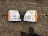 GMC Yukon factory headlights 42 mi