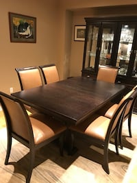 Solid Wood Made in Canada Dinning table chairs and hutch