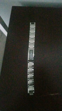 Dkny watch New Westminster, V3M 5J6