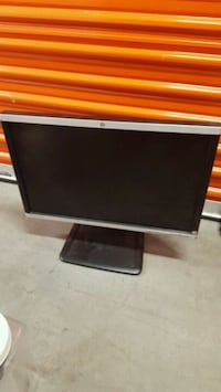 HP adjustable height monitor  Downey, 90241