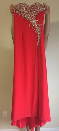 Special occasion dress, boutique Al Sondos Montreal, size 4 Kitchener, N2R 0A5