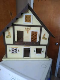 Play Doll House Charlotte, 28273
