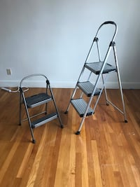 two gray metal folding chairs Worcester, 01604