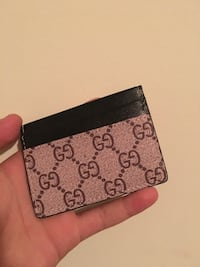 Bee Gucci Cardholder Coquitlam, V3J