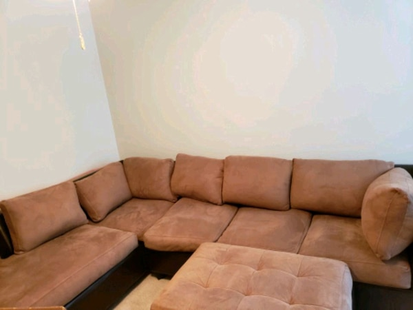 Brown sectional sofa (3 pieces)