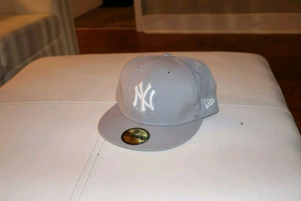 2c8fc111aae6b Used New York Yankees New Era hat 7 3 4 for sale in Atlanta - letgo