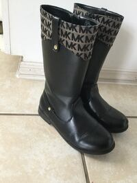 pair of black leather boots Haines City, 33844