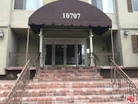 APT For rent 3BR 2BA Next to Universal Studios with a really nice view of the city Los Angeles