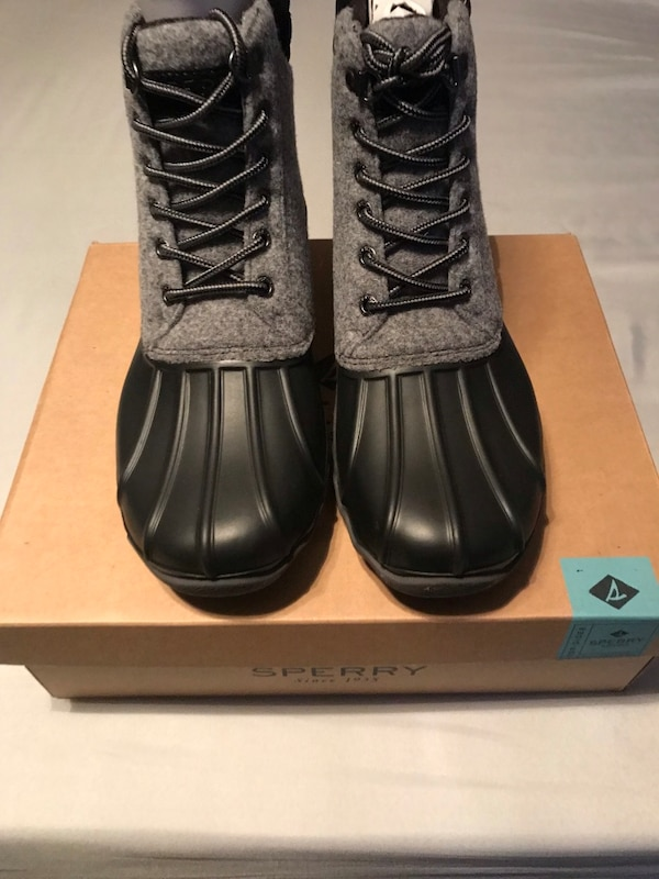 6cb2671e9 Used Sperry Duck Boots for sale in Woodlawn - letgo
