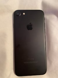 iPhone 7 black 32gb  St. Catharines