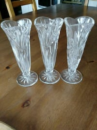 Crystal set of three vases. Price is for set Newmarket, L3X 2X4