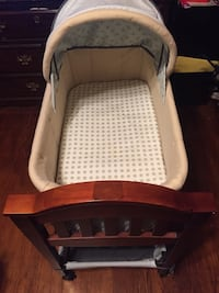 Carters Wooden Bassinet Washington, 20019