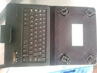 Bluetooth keyboard/tablet case Nanaimo, V9S 1M5