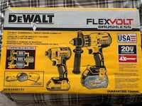 DEWALT 20V MAX Lithium-Ion Cordless Brushless Combo Kit with FLEXVOLT Surrey, V3X 1J7