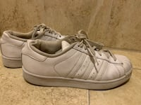 Adidas shoes (negotiable price) Laval