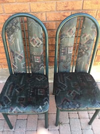 4 Green dining room chairs Vaughan, L4L 5E2