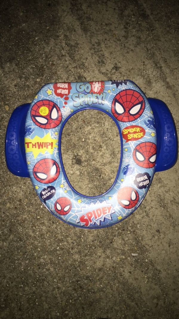 Fine Toddlers White And Red Spider Man Printed Toilet Seat Evergreenethics Interior Chair Design Evergreenethicsorg