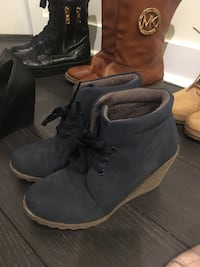 Boots size 6 like new Mississauga, L5B 4M6