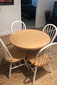 Table & 4 chairs  Baltimore, 21220