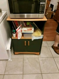 Wood microwave stand Pointe-Claire, H9S 4R1